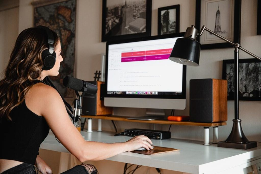 5 reasons why you need a podcast hosting site